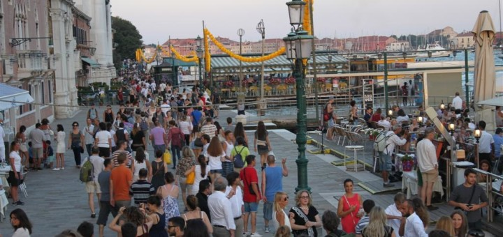 Crowd in Venice