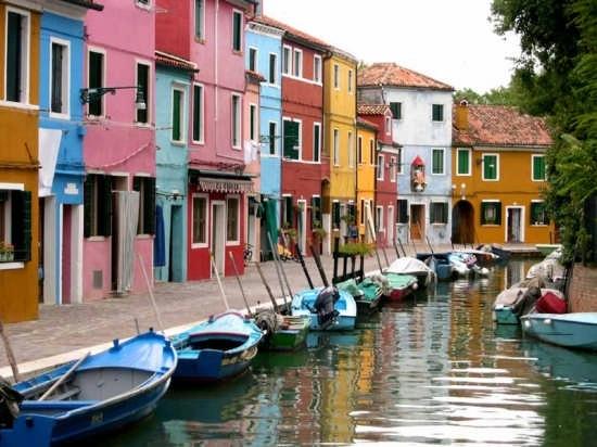 little boats venice burano