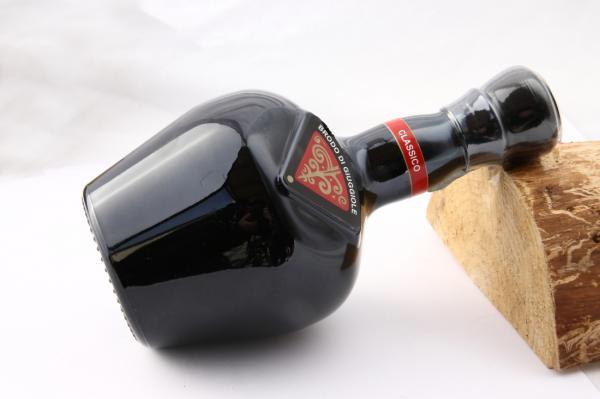 Brodo di Giuggiole local arquà liquor